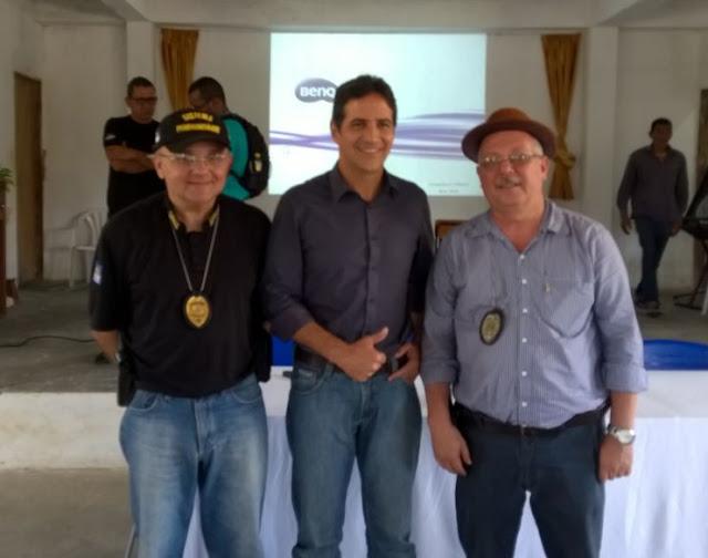 Photo of SINDICATO PARABENIZA  OS PRIMEIROS AGENTES PENITENCIÁRIOS A EXERCER OS MAIORES