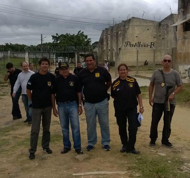 Photo of DIRETORIA DO SINDASP-PE VISITA A PENITENCIÁRIA PROFESSOR BARRETO CAMPELO EM ITAMARACÁ ONDE PARTICIPA DO PLANEJAMENTO ESTRATÉGICO NO PROJETO TODOS PELA SERES