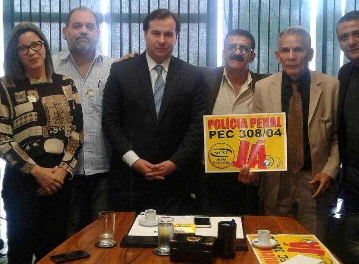 REPRESENTANTES DO SINDASP-PE E FENASPEN ESTÃO EM BRASÍLIA NA LUTA PELA PEC 308