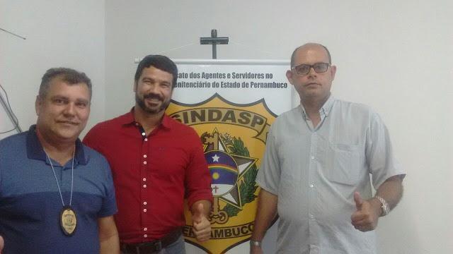 Photo of SINDASP-PE FAZ CONVÊNIO COM A EAD LAUREAT PARA CURSOS A DISTÂNCIA DE GRADUAÇÃO E PÓS GRADUAÇÃO