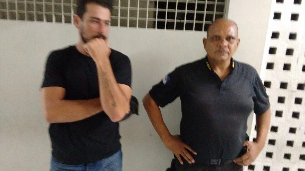 Photo of PRESIDENTE DO SINDASP-PE JOÃO CARVALHO E JURÍDICO APOIOU AGENTES PENITENCIÁRIOS NA CENTRAL DE FLAGRANTES NA ÚLTIMA QUINTA-FEIRA
