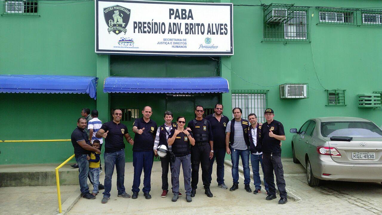 Photo of DIRETORIA DO SINDASP-PE VISITANDO O PRESÍDIO ADVOGADO BRITO ALVES – ARCOVERDE PARA ESCLARECIMENTOS