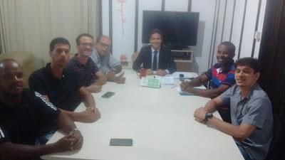 Photo of PRESIDENTE DO SINDASP-PE JOÃO CARVALHO REUNIU-SE COM SECRETÁRIO EXECUTIVO DE RESSOCIALIZAÇÃO E COMISSÃO DE CONCURSADOS SOBRE DESTRAVAMENTO DO CONCURSO