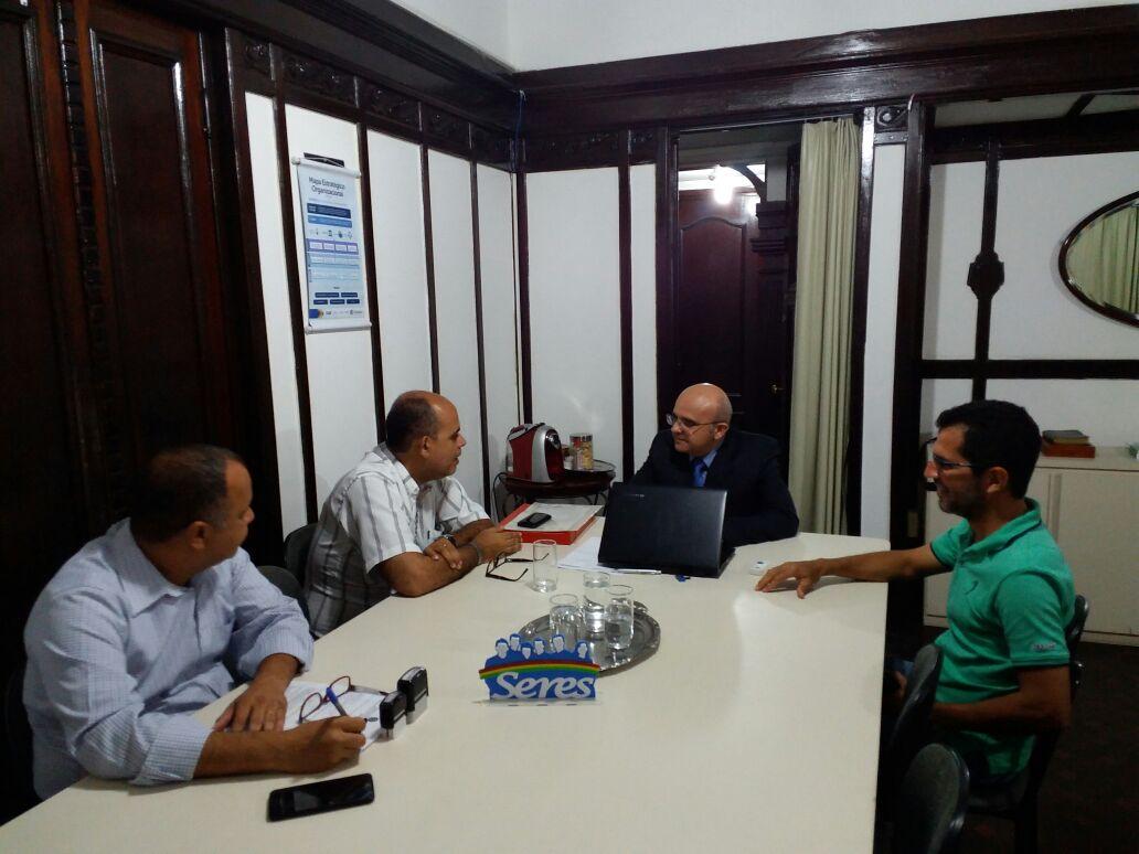Photo of DIRETORIA DO SINDASP-PE REUNII-SE COM A SECRETARIA EXECUTIVA DE RESSOCIALIZAÇÃO PARA ENTREGA DE PROJETOS PARA A CATEGORIA